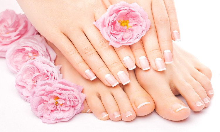 http://beautybarlisa.be/wp-content/uploads/2020/03/manicure-pedicure3.jpg